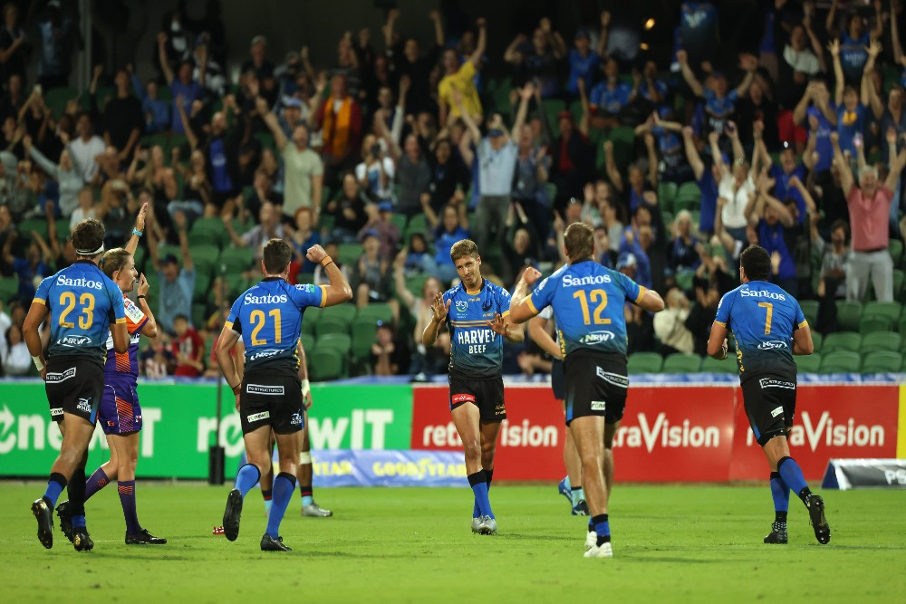 Domingo Miotti celebrates after slotting the winning penalty for the Western Force. Photo: Getty Images