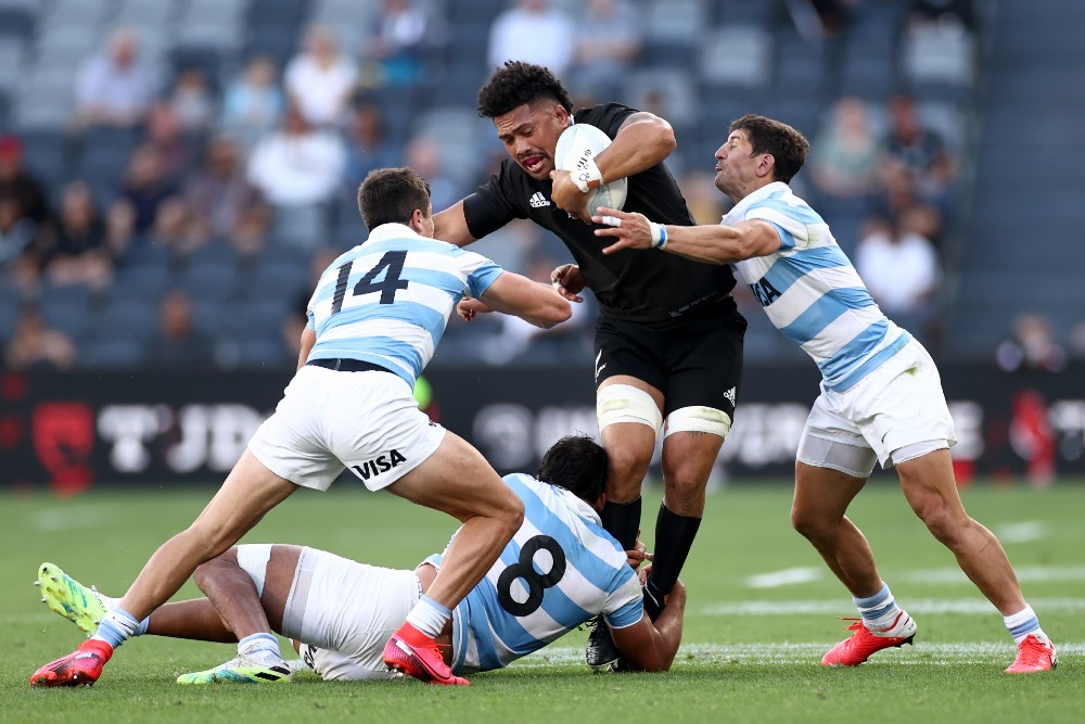 Argentina chose not to put numbers into the ruck to create a brick wall of defence against the All Blacks. Photo: Getty Images