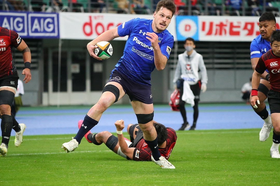 Queensland product Jack Cornelsen in action in Japan for the Panasonic Wild Knights