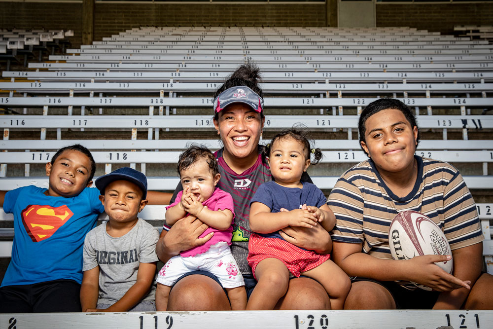 Reds player Hilisha Samoa with her five children Evander, 8, Apollo, 3, Licia, six months, monica, 1, and Lennox 13. Photo: QRU Media/Brendan Hertel