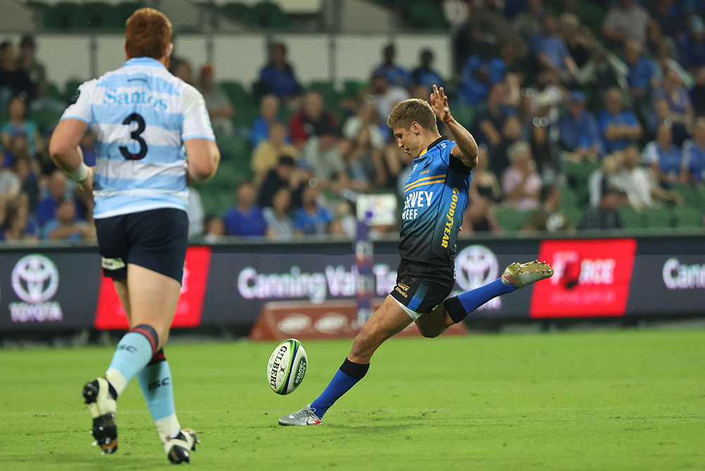 Goal line drop-outs remain for Super Rugby Trans Tasman | Getty Images